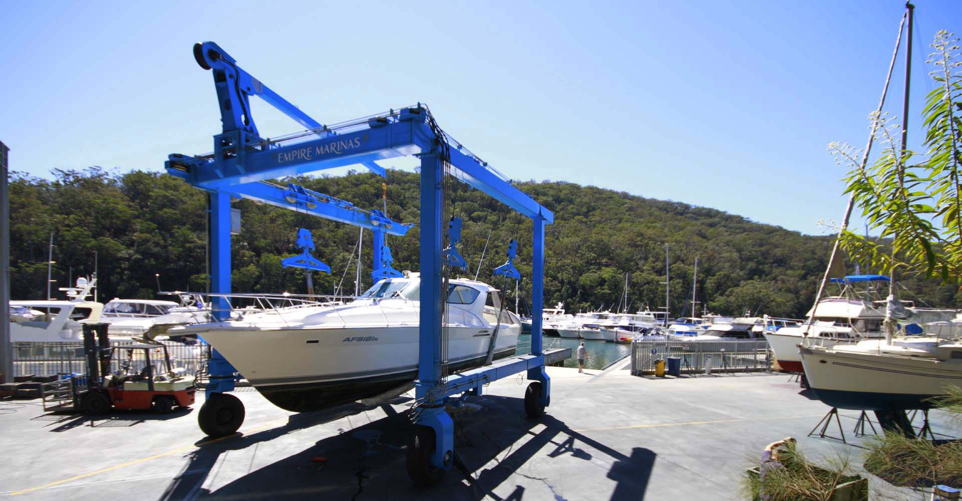 Antifoul services at Empire Marinas